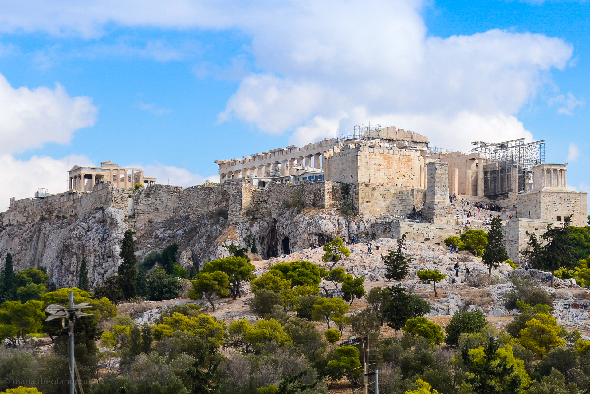 an overview of the acropolis Alchemy on the acropolis: turning ancient lead into  22 for a  useful recent overview of the megali idea, and the desire to.